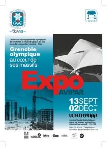 Brochure sur l'exposition Grenoble olympique au coeur de ses massifs